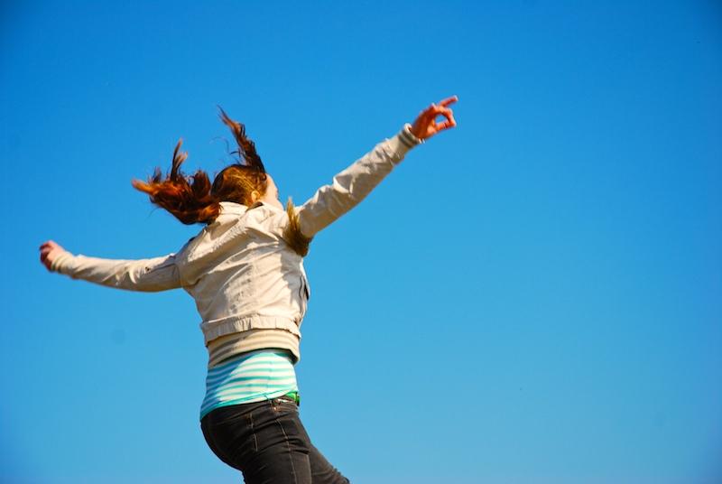 איך להיות מאושר – תרגיל עוצמתי ויעיל לקרב אותך לאושר